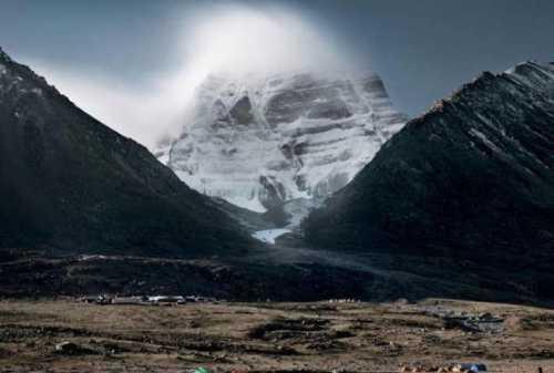в сердце плутона, вероятно, плавают айсберги из водяного льда